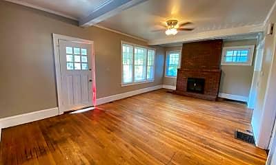 Living Room, 2103 Summit St, 1