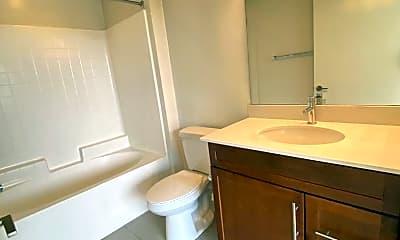 Bathroom, 552 E Carson St, 2
