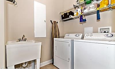 Bathroom, 3619 Spring Hollow Ln, 2