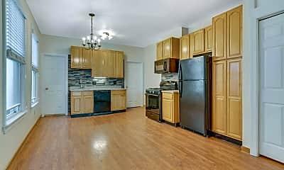 Kitchen, 394 Woodlawn Ave 2, 1