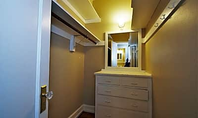 Bathroom, 311 6th Ave S, 2