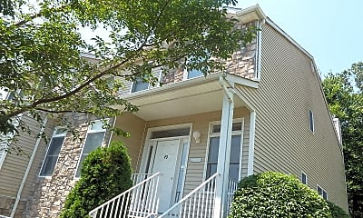 Building, 40 Pinfold Ct, 1