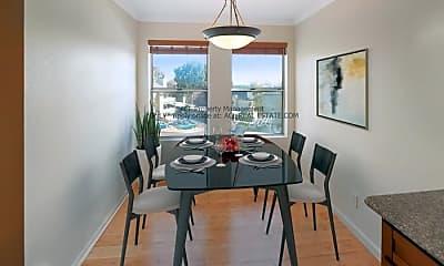 Dining Room, 685 Dartmore Ln, 1