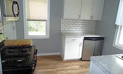 Kitchen, 835 S Plymouth Ave, 1