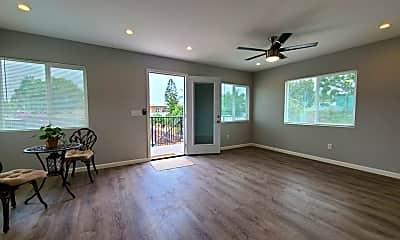 Living Room, 3627 Maple St., 1