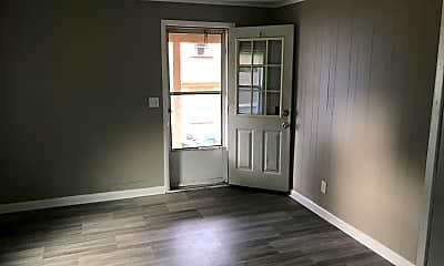 Living Room, 108 1/2 W Filbert St, 0