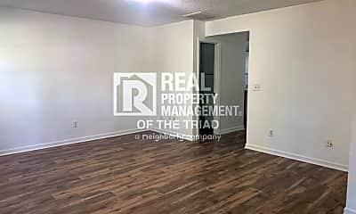Living Room, 1500 Gatewood Ave, 1