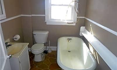 Bathroom, 1038 Clay St, 2