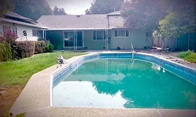 Pool, 717 Bidwell Dr, 2