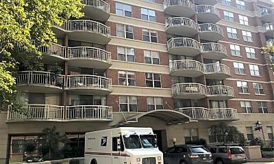 Braddock Place Condominiums, 0
