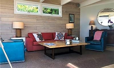 Living Room, 108 Spindrift Dr, 1