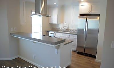 Kitchen, 534 Illinois St, 1