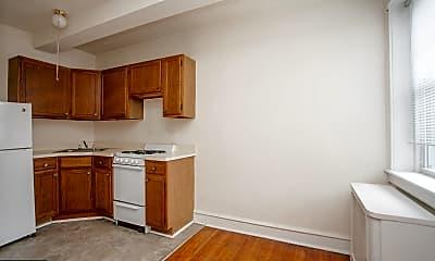 Kitchen, 320 Rochelle Ave 6, 1