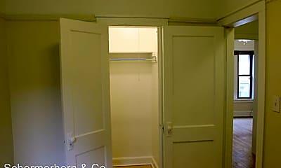 Bathroom, 509 Main St, 2