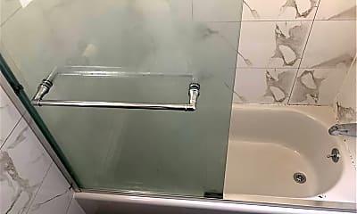Bathroom, 1813 60th St 2F, 2