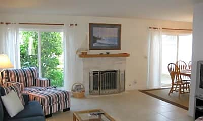 Living Room, 33612 Halyard Dr, 0