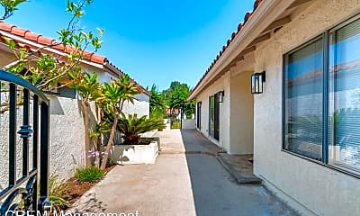 Building, 22951 Via Cruz, 1