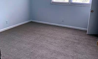Bedroom, 210 E Catawba Ave, 2