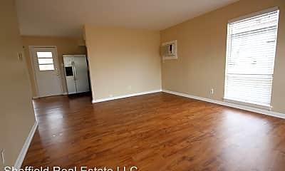 Living Room, 4614 Raintree Blvd, 1