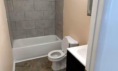 Bathroom, 45 N Green St 7, 1