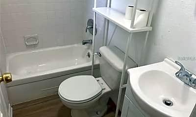 Bathroom, 410 E Livingston St 3, 2