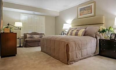 Bedroom, Cascades Overlook, 2