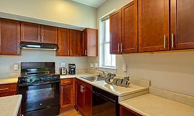Kitchen, Armstrong Renaissance Apartments, 1