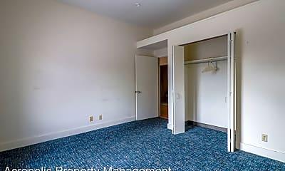 Bedroom, 247 W Fayette St, 2