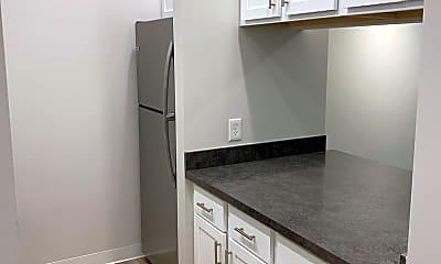 Kitchen, 370 S 5th St, 1