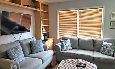 Living Room, 126b Park Ave SE, 1