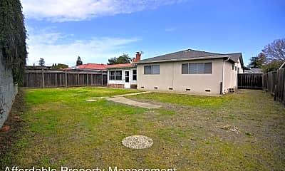Building, 2462 Ascot Way, 2