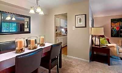 Dining Room, 322 Barton Run Blvd, 1