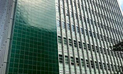 Marais Apartments, 2
