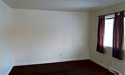 Bedroom, 2935 N Erie St, 2
