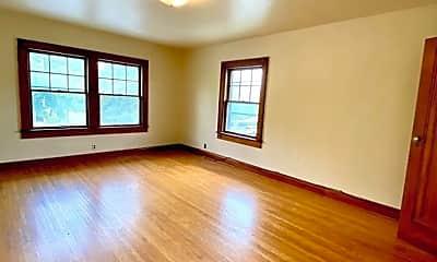 Living Room, 426 E 6th St, 2