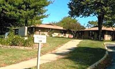 Prairie Village of Pella, 0