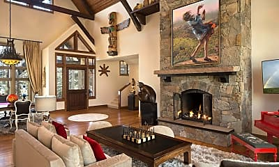 Living Room, 280 Pfister Dr, 1