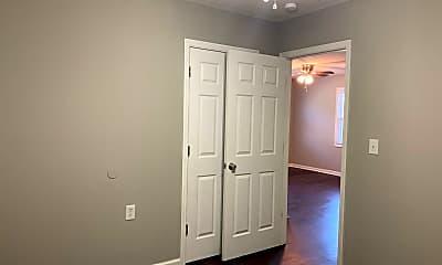 Bedroom, 206 N College St, 2