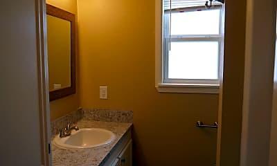 Bathroom, 1904 Melrose Dr, 1