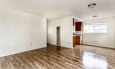 Living Room, 3285 Delaware St, 0
