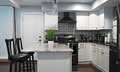 Kitchen, 1102 Stafore Dr, 1