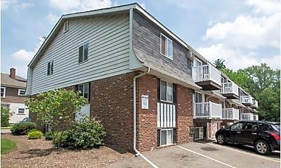 Building, Chalet DeVille Apartments, 0