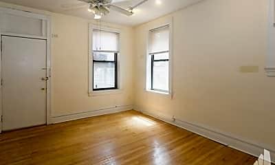 Bedroom, 3525 N Wilton Ave, 1