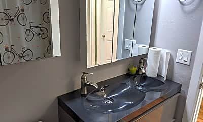 Bathroom, 102 16th Ave, 2