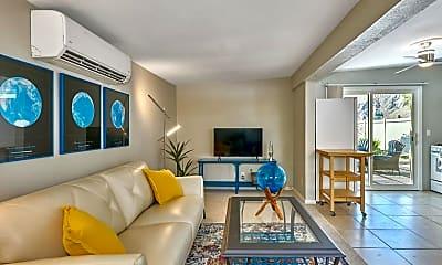 Living Room, 477 E Via Colusa, 0