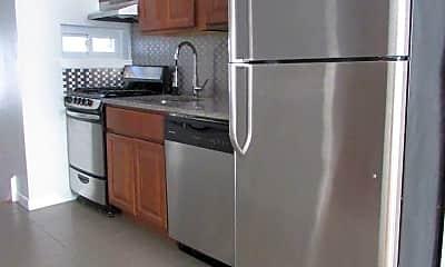 Kitchen, 525 N 33rd St, 1