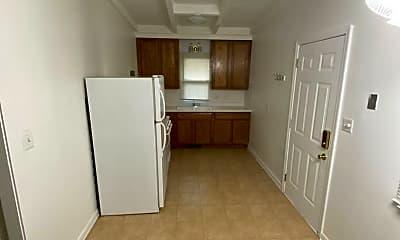 Bathroom, 308 W Twelve Mile Rd, 2