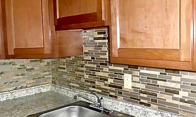 Kitchen, 267 S Winebiddle St, 1