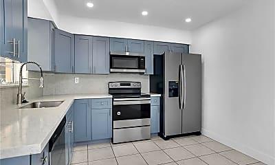 Kitchen, 705 NE 2nd St 16, 0