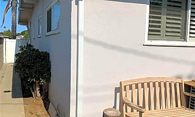 Patio / Deck, 323 N Astell Ave, 2